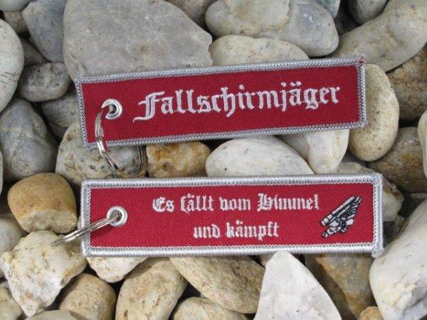 """2 Schlüsselanhänger """"Fallschirmjäger"""""""