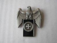 Reichsadler Eisernes Kreuz Lorbeerkranz Pin